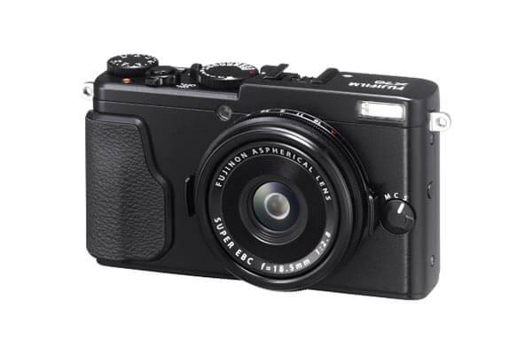 Fuji X 70 Black